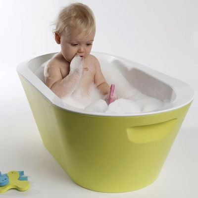 make bathtime fun and easy with the baro baby bath by hoppop baby time juxtapost. Black Bedroom Furniture Sets. Home Design Ideas