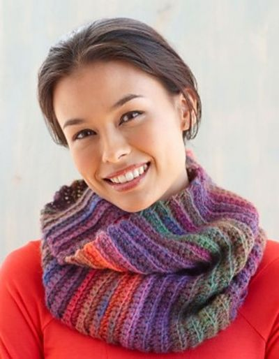 Ravelry Tropic Sunset Cowl Pattern By Lion Brand Yarn Fre Impressive Lion Brand Yarn Patterns