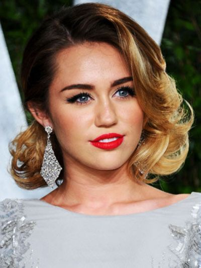 Short \u0026 Sweet Miley Cyrus marries ombre highlights and