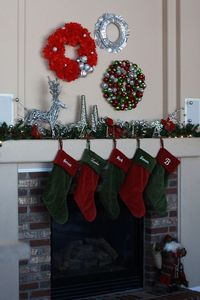 hanging more than one wreath