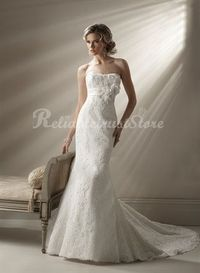 This Lace wedding dress is the latest model of this year, Mermaid style design and luxury of lace fabric, using artificial embroidery decoration, and hand-finished, the price you can afford