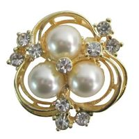 This beautiful Gold brooch 3 Pearls flower brooch is encrusted with elegant Ivory faux Pearls & sparkling Crystals. This romantic flower brooch looks like a daisy or plumeria & will make an elegant addition for a special outfit or everyday wear. T...