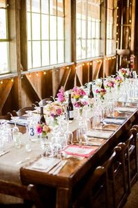 Simple table setting with burlap runner