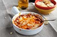 Lasagna Dip: I really encourage you to make this cheesy, beefy, warm and cozy, absolutely delicious Lasagna Dip. ...[read more at Food Frenzy]