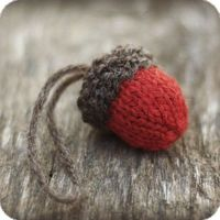 Knit Acorn Christmas Ornament Pattern- Rustic, Natural Holiday Decor - KNITTING PATTERN. $1.99, via Etsy.