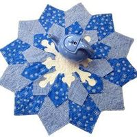 Reversible Fancy Flake Table Topper Pattern