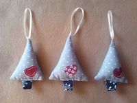 Christmas tree decorations available to buy at www.polkadot-pumpkin.co.uk
