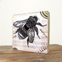 Zentangles mounted bumble bee