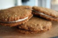vegan oatmeal cream pies....triple the vanilla extract to make these even MORE amazing :)