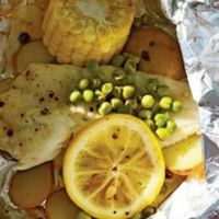 Fish, potato & corn packets