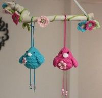Beanie type birds, TOOO Adorable, I must make these one way or another - may knit mine