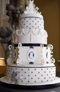 Victorian Inspired Wedding Cake