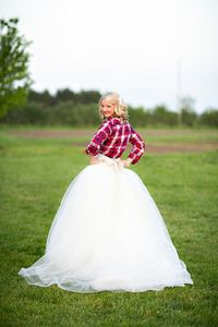 Love the flannel over the wedding dress. Adorbable.