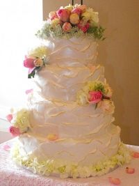 Petal cake By MPGA on CakeCentral.com