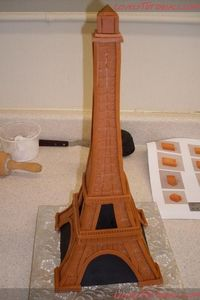 eiffel tower cake + tutorial