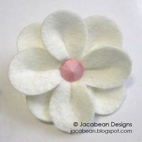 Felt flowers & tutorial