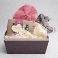 send best chocolates and gift baskets from chocolate-ninja to your loved ones.